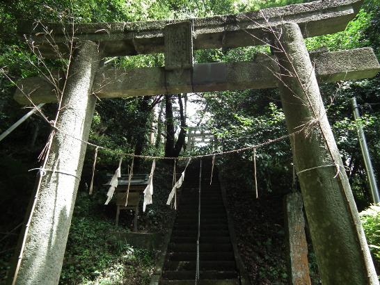 縫殿神社の入口