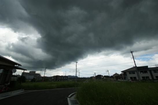 また、雨ですか・・・
