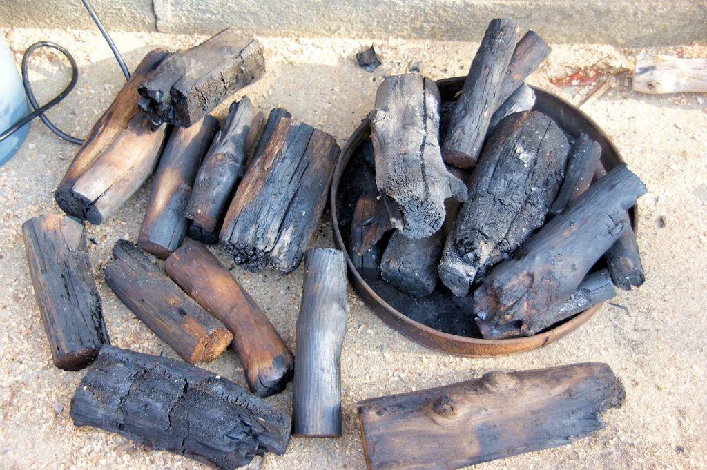 木炭作り2回目の結果・・・イマイチ