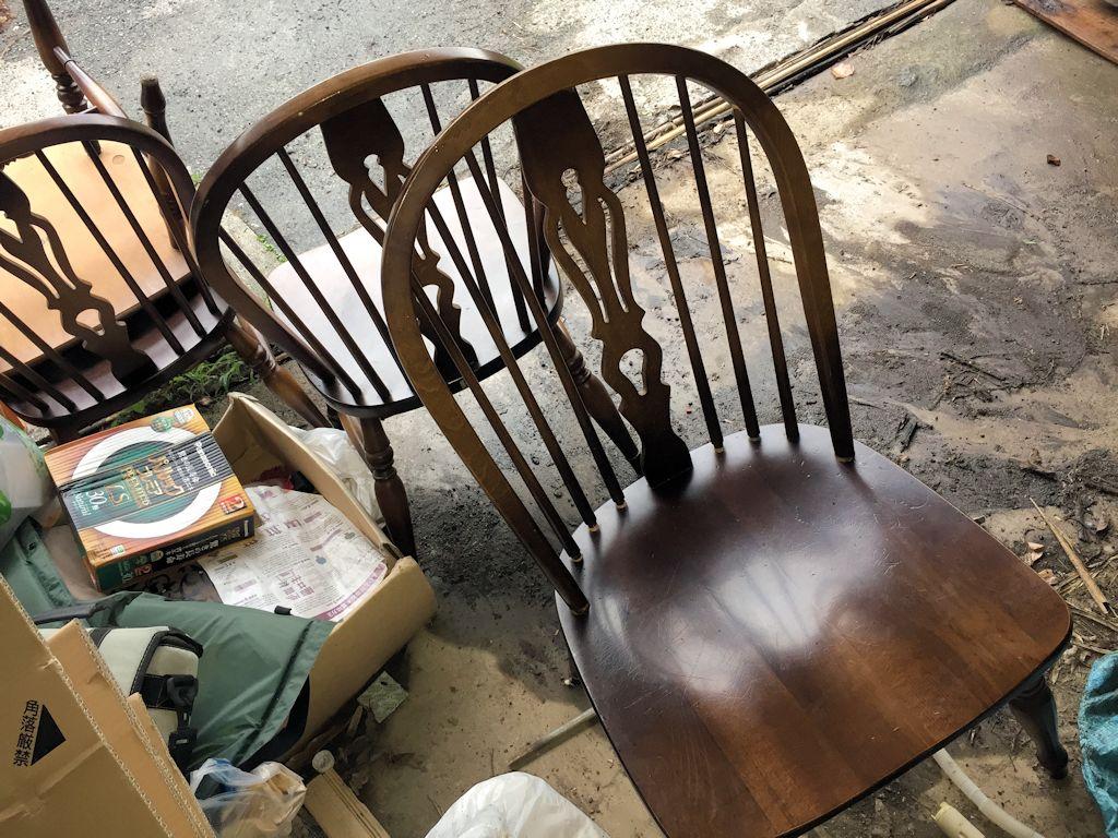 もらった椅子6脚